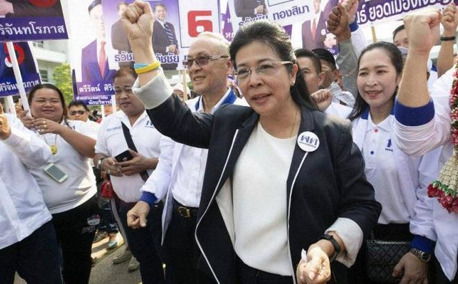 """Tranh cử ở Thái Lan kỳ lạ với """"15 ứng viên Thaksin, Yingluck"""""""