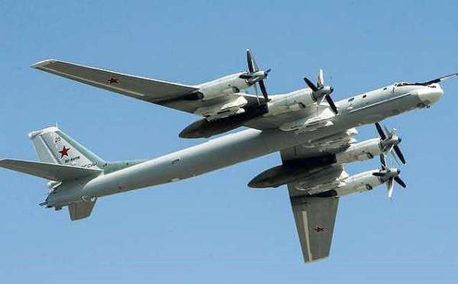 Tu-95MS Nga thực hiện cuộc tấn công tên lửa trong cuộc tập trận quân sự