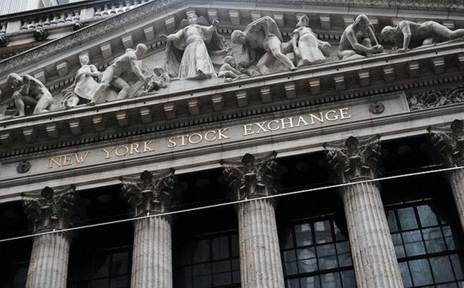 Chứng khoán Mỹ giảm điểm trong nỗi lo về kinh tế toàn cầu