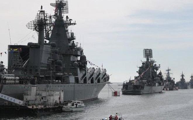 """NATO muốn """"nắn gân"""" Nga trên biển Đen"""