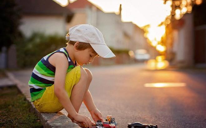 Muốn biết sau này lớn lên tính cách của con sẽ như thế nào, bố mẹ chỉ cần xem con 5 tuổi có những đặc điểm này hay không