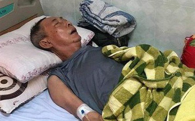 Xót xa hình ảnh nghệ sĩ Lê Bình sốt cao, mê man trên giường bệnh chống chọi ung thư