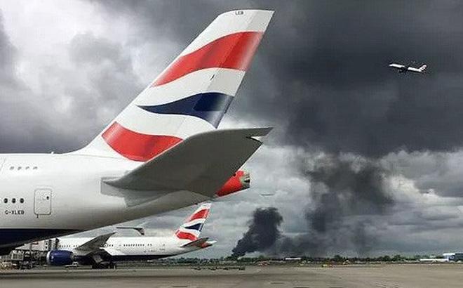 Nổ lớn gần sân bay Heathrow ở thủ đô London
