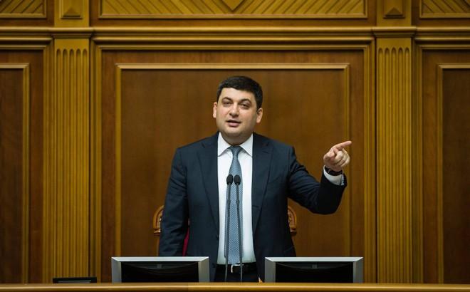 Ukraine áp thêm lệnh trừng phạt mới chống Nga