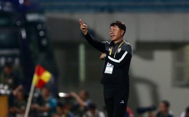 Nếu TPHCM vô địch V.League, bầu Đức mất gì?
