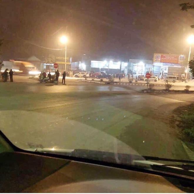 Ảnh, clip hiện trường vụ nổ súng ở Lạng Sơn khiến 2 người chết, 4 người bị thương - Ảnh 2.