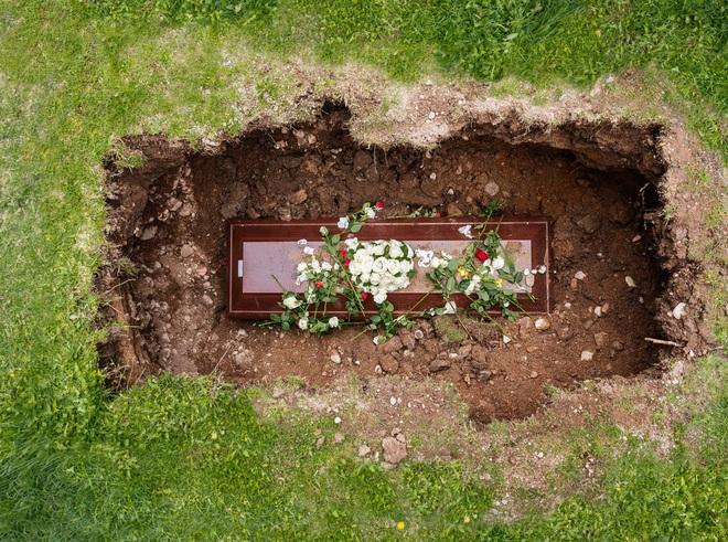 Công nghệ đang thay đổi những đám tang như thế nào? - Ảnh 2.