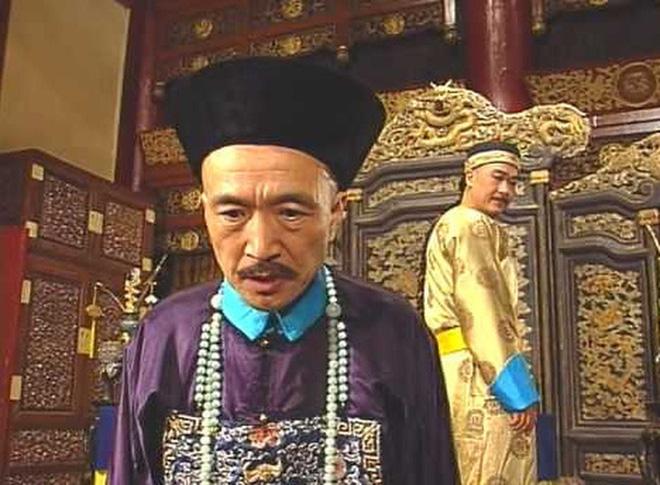 Xót xa trước hình ảnh tóc bạc trắng, già nua không ai nhận ra của Tể tướng Lưu Gù - Ảnh 4.