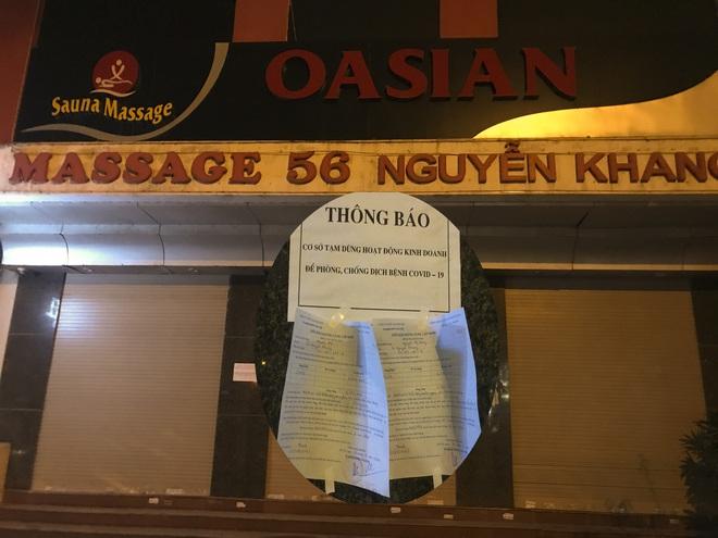 Hình ảnh khác lạ của các phố karaoke nổi tiếng Hà Nội sau chỉ đạo đóng cửa tạm thời - Ảnh 13.
