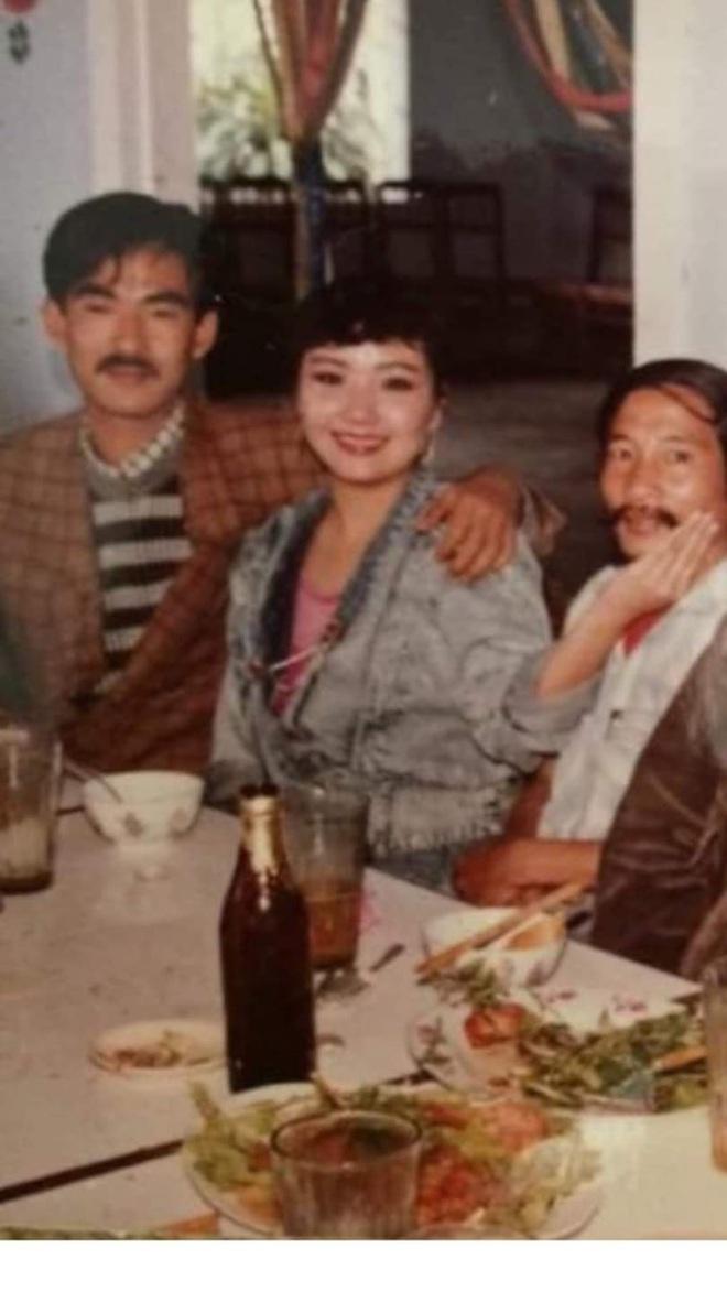 Chuyện tình 33 năm đẹp như cổ tích của nghệ sĩ Ngân Quỳnh: Kiếp sau vẫn mong là chồng vợ - Ảnh 2.