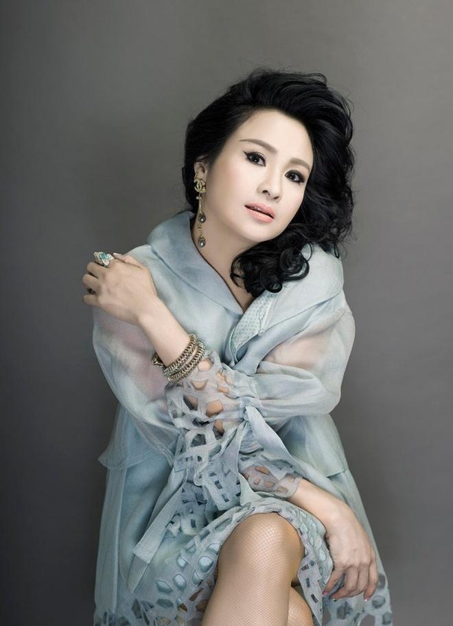 Diva Thanh Lam: Kiếm được tiền, tôi nộp hết cho anh Quốc Trung - Ảnh 1.