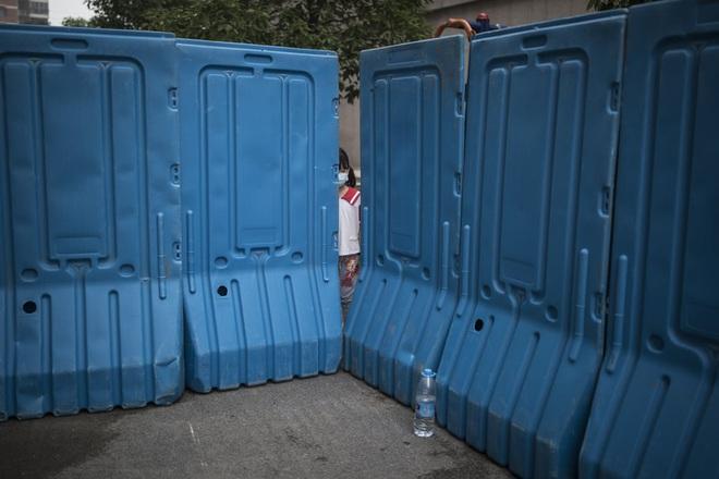7 ngày qua ảnh: Mọi người nghỉ ngơi trên bãi tắm ở Novosibirsk, Nga - Ảnh 7.