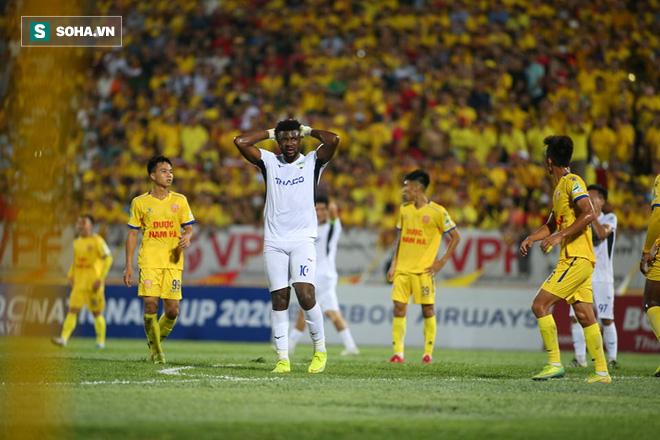 Tuyển thủ U23 Việt Nam tiết lộ bí mật về bàn thắng hạ gục HAGL, gửi lời riêng tới thầy Park - Ảnh 2.