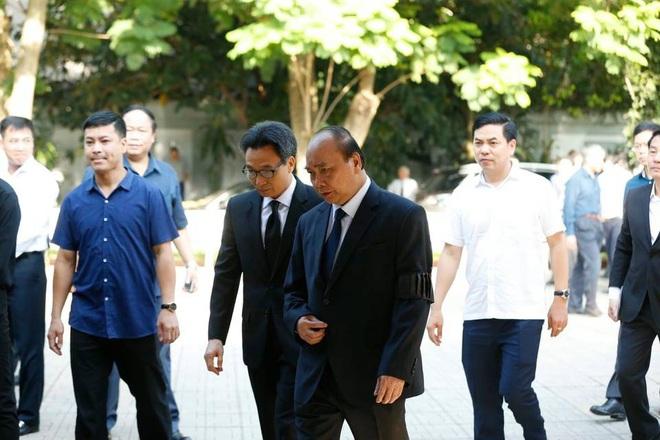 Chủ tịch QH Nguyễn Thị Kim Ngân, Thủ tướng Nguyễn Xuân Phúc tiễn biệt ông Vũ Mão - Ảnh 5.