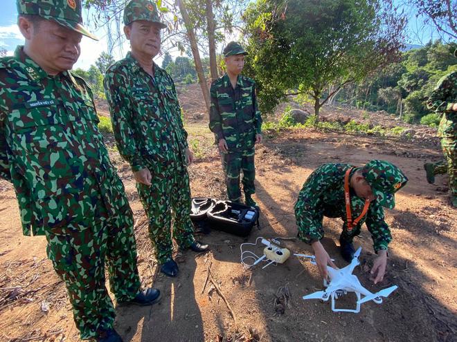 Chùm ảnh: Sử dụng thiết bị trên không, quyết tìm dấu vết Triệu Quân Sự trên núi Hải Vân - Ảnh 3.