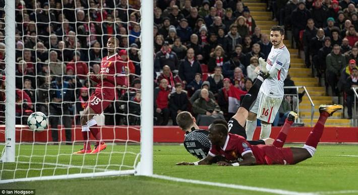 Chiến thắng hủy diệt, Liverpool ra mắt bộ tứ siêu tấn công huyền ảo - Ảnh 24.