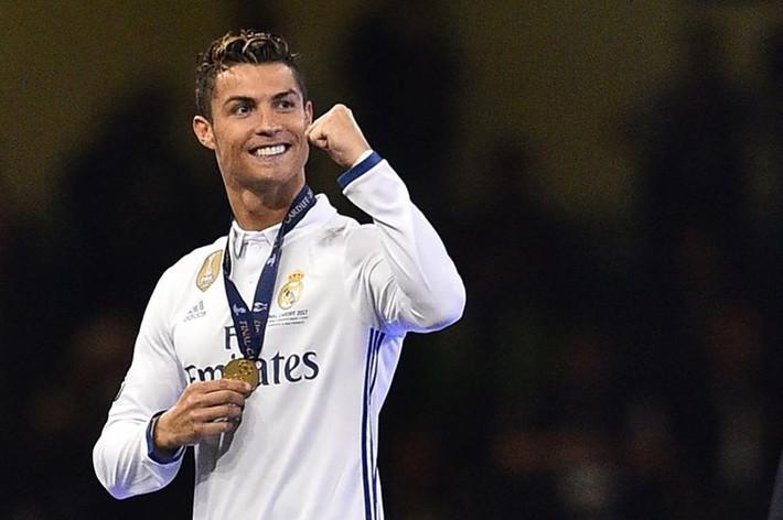Ronaldo: Tôi muốn có 7 đứa con - Ảnh 1.