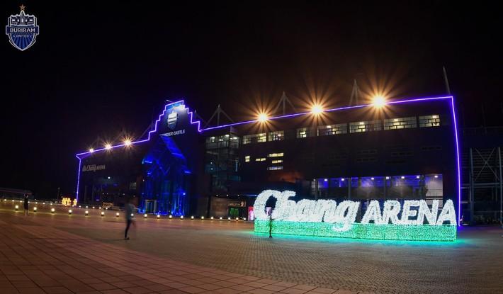Buriram nhận 800 tỷ đồng để đổi tên sân nhà thành Chang Arena - Ảnh 2.