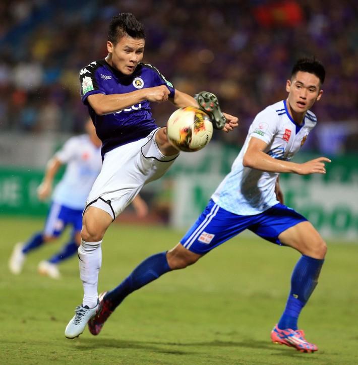 Hàng công tuyển Việt Nam quá mạnh, HLV Park Hang Seo đau đầu bỏ ai, chọn ai - Ảnh 3.