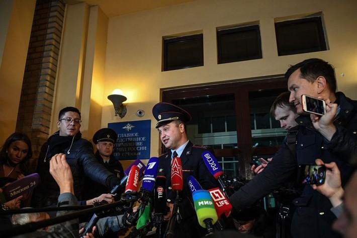 Hai cầu thủ Nga bị tạm giam 2 tháng - Ảnh 2.