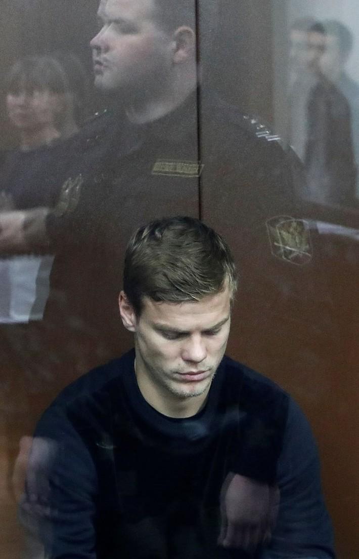 Hai cầu thủ Nga bị tạm giam 2 tháng - Ảnh 3.