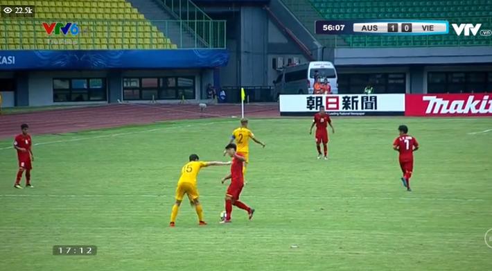TRỰC TIẾP Việt Nam 1-2 Australia: Binh đoàn đỏ chính thức tan mộng World Cup - Ảnh 4.