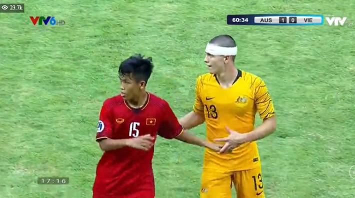 TRỰC TIẾP Việt Nam 1-2 Australia: Binh đoàn đỏ chính thức tan mộng World Cup - Ảnh 3.