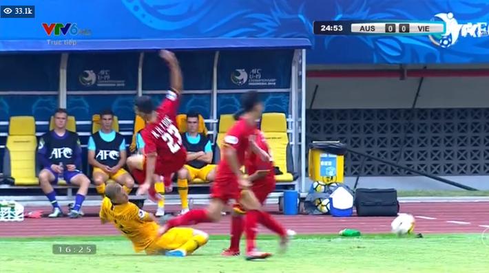 TRỰC TIẾP Việt Nam 1-2 Australia: Binh đoàn đỏ chính thức tan mộng World Cup - Ảnh 7.