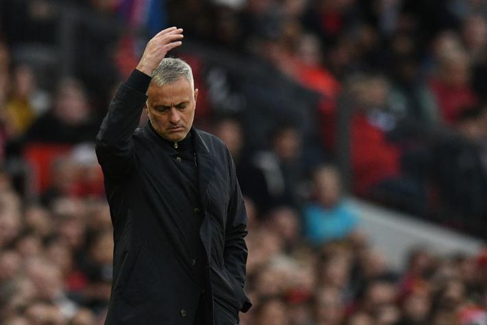 Ngược dòng không tưởng, Man United khiến Old Trafford vỡ òa với đòn phá phủ trầm châu - Ảnh 3.