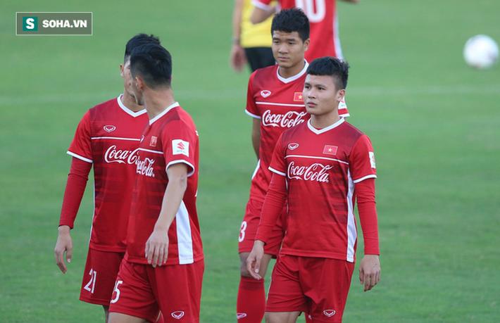 HLV Park Hang-seo lần đầu trao nhiệm vụ cho Vua phá lưới nội V.League 2018 - Ảnh 3.