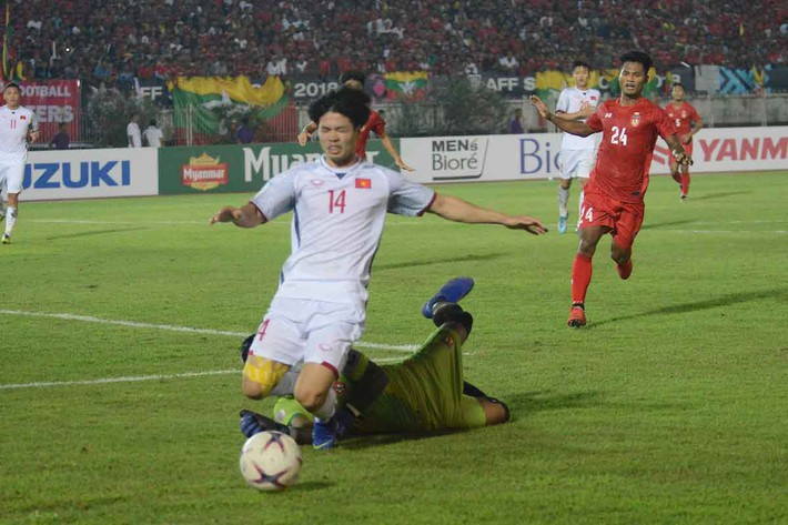 Thầy Park từ chối bắt tay HLV Myanmar: Điều bất biến trong cơn giận dữ - Ảnh 3.