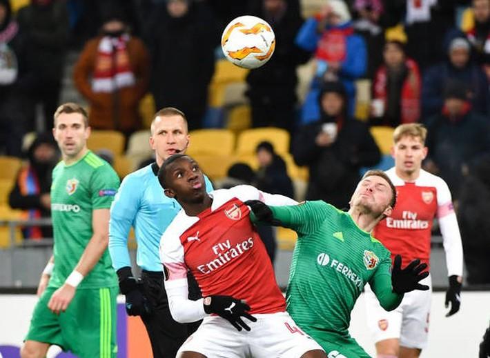 Toàn cảnh Vorskla 0-3 Arsenal: Pháo trẻ mở đại tiệc - Ảnh 2.