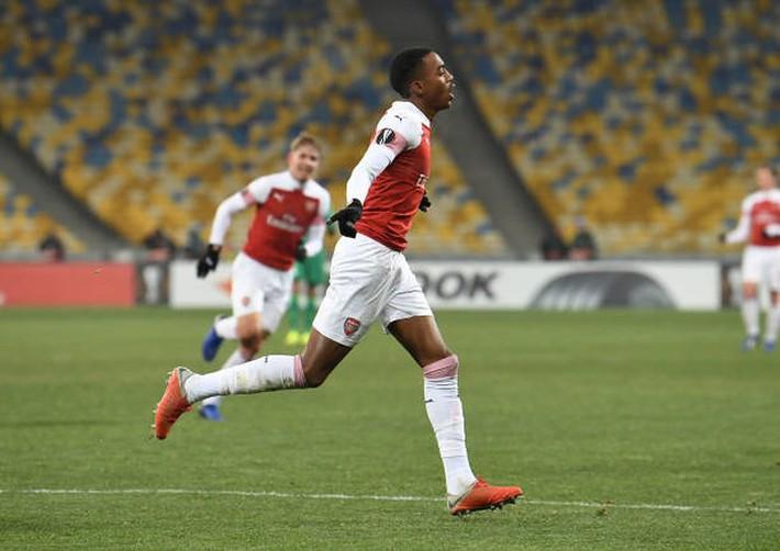 Toàn cảnh Vorskla 0-3 Arsenal: Pháo trẻ mở đại tiệc - Ảnh 9.