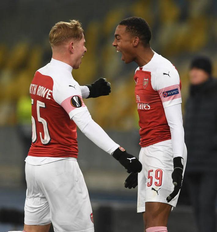 Toàn cảnh Vorskla 0-3 Arsenal: Pháo trẻ mở đại tiệc - Ảnh 10.
