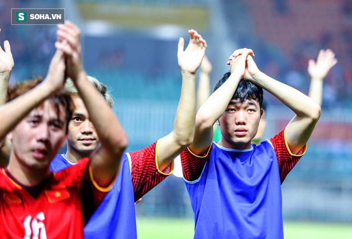 Trận đánh đầu của HLV Park Hang-seo, hi vọng đặt cả vào con bài tẩy Công Phượng - Ảnh 2.