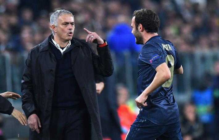 Mourinho rực rỡ ở Turin, hóa ra chỉ là sự rực rỡ của ngọn đèn sắp tắt - Ảnh 3.
