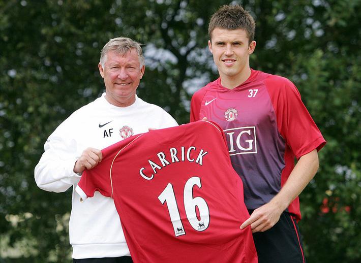 Mourinho cay đắng thừa nhận Man United không chịu chi tiền đi chợ - Ảnh 1.