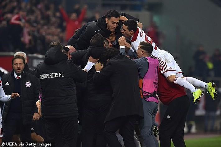 Vòng bảng Europa League: Anh tài hội tụ, AC Milan bị loại sốc - Ảnh 2.