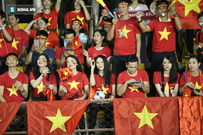Hot girl Việt đổ bộ Philippines, đe dọa biến sân khách thành sào huyệt của Rồng vàng - Ảnh 7.