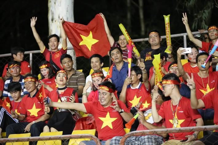 Hot girl Việt đổ bộ Philippines, đe dọa biến sân khách thành sào huyệt của Rồng vàng - Ảnh 5.
