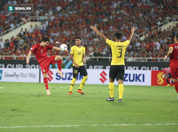Không cải thiện phong độ, Xuân Trường dễ phải làm kép phụ ở Asian Cup - Ảnh 1.
