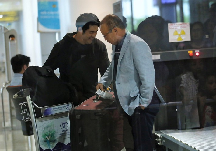 Đây là người đứng sau việc trợ lý Bae Ji-won rời tuyển Việt Nam - Ảnh 4.