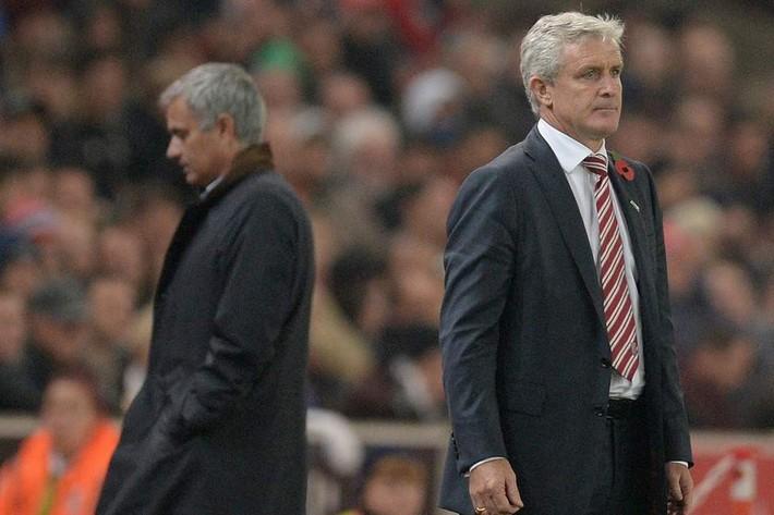 Học trò cũ của Sir Alex bất ngờ mất việc sau khi khiến Man United khốn khổ - Ảnh 2.