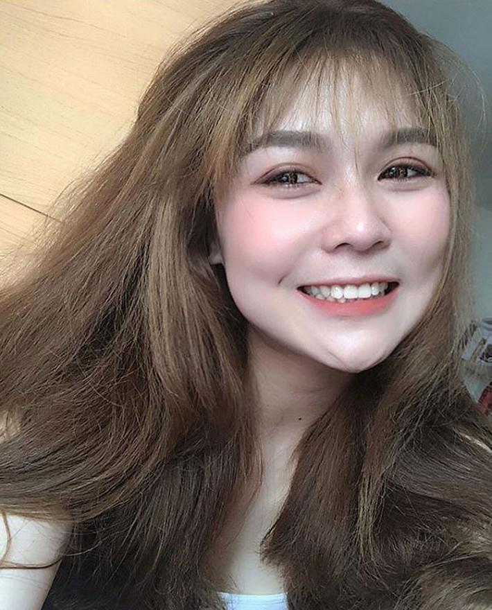 Dung nhan xinh đẹp của 'thiên thần bóng chuyền' Thái Lan - Ảnh 6.