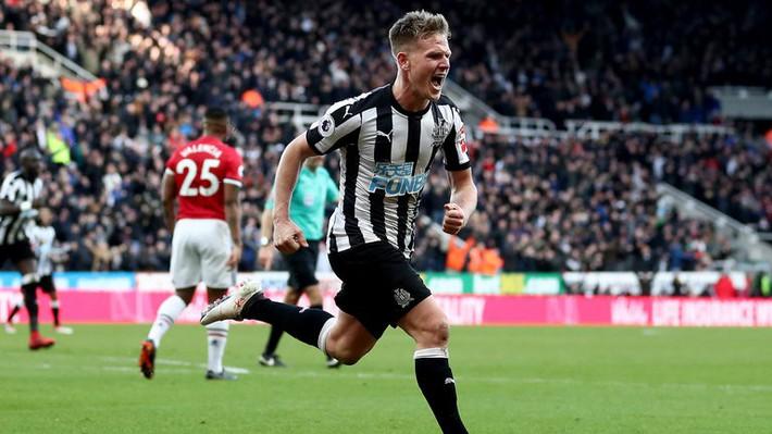 Mourinho bóng gió chỉ trích và lý giải quyết định thay Pogba ở trận M.U thua Newcastle 0-1 - Ảnh 1.