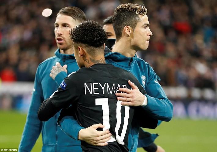 Lội ngược dòng bằng cú đúp khó tin, Ronaldo khiến Neymar nuốt hận - Ảnh 4.
