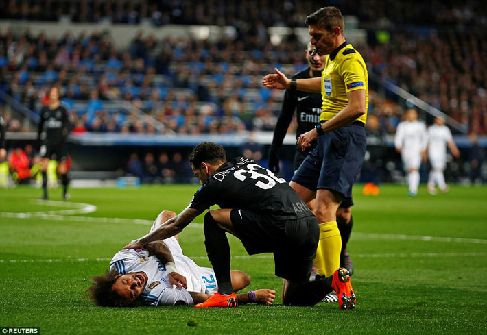 Lội ngược dòng bằng cú đúp khó tin, Ronaldo khiến Neymar nuốt hận - Ảnh 6.
