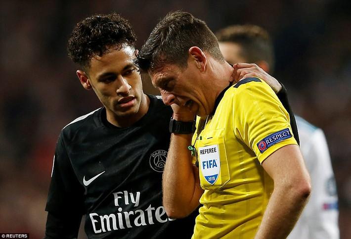Lội ngược dòng bằng cú đúp khó tin, Ronaldo khiến Neymar nuốt hận - Ảnh 17.