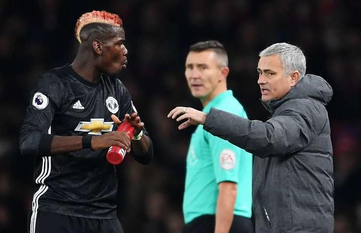 Ronaldo đột ngột giúp Mourinho gỡ rối vụ Pogba - Ảnh 3.