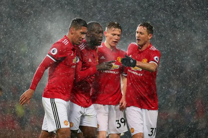 Vào lúc này, Man United cần McTominay hơn Pogba - Ảnh 4.
